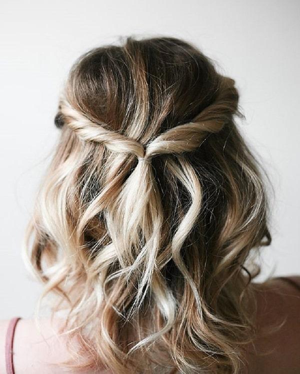 penteado de festa semi preso para madrinha de casamento