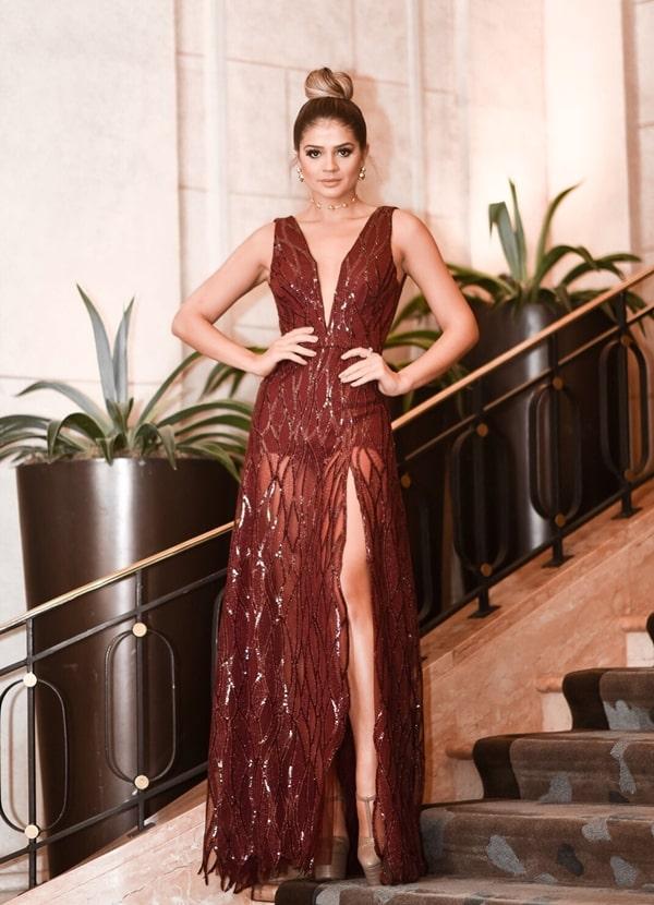 Thassia Naves: 20 vestidos de festa usados por Thassia em casamentos e eventos de gala.