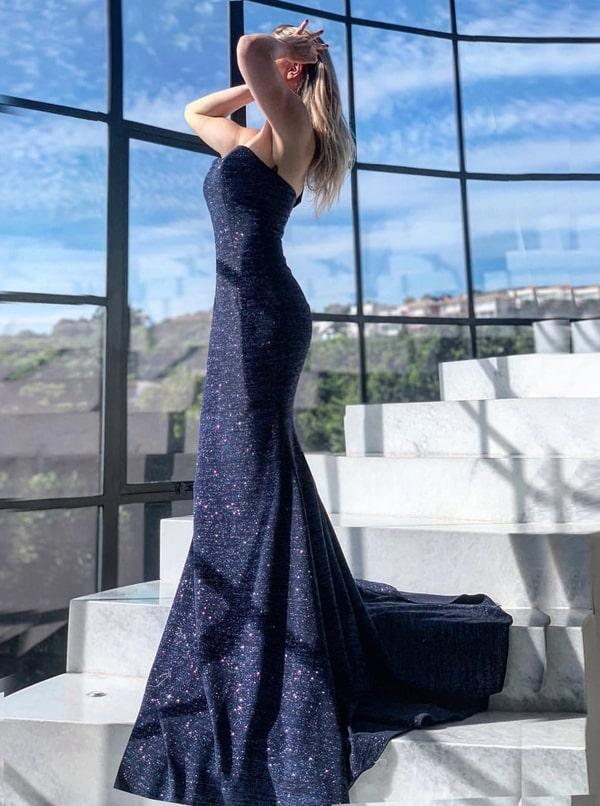 vestido de festa longo azul marinho modelo sereia com glitter