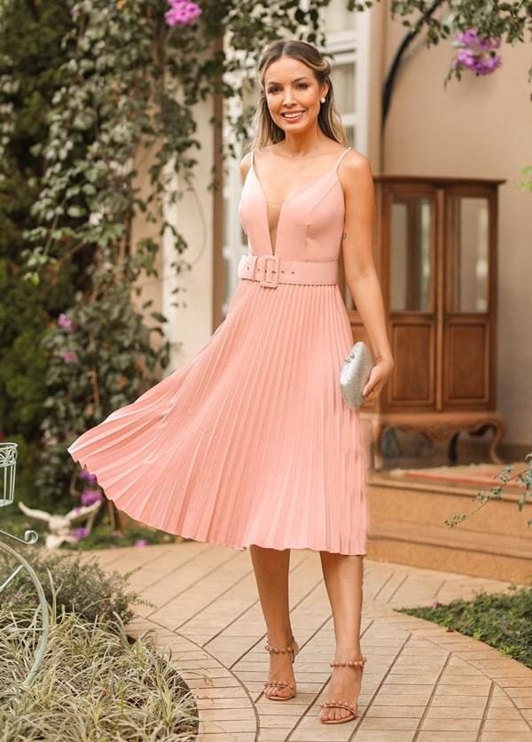 20 vestidos de festa midi para eventos sociais