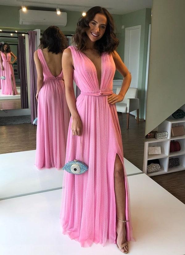 vestido rosa para madrinha de casamento na praia