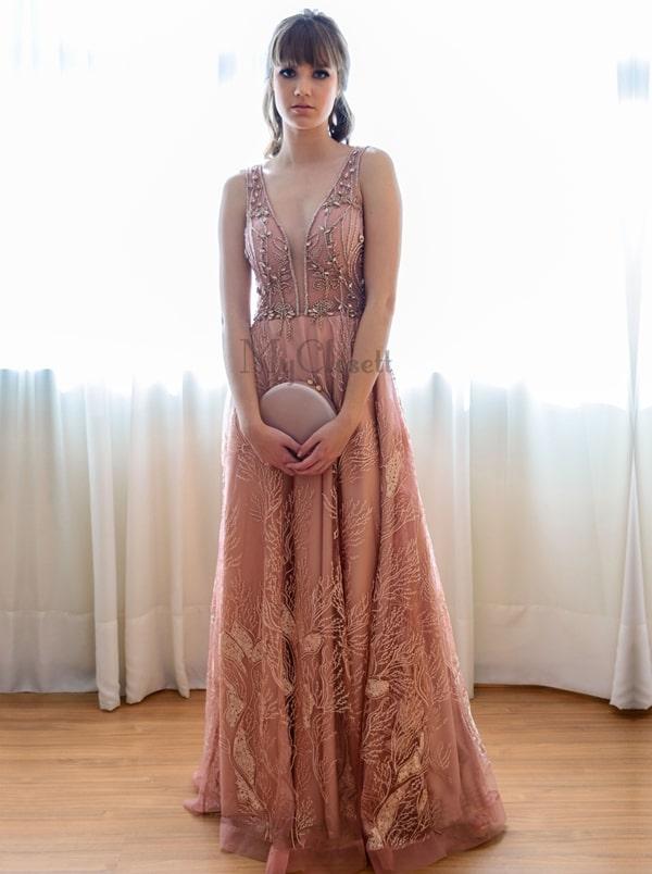 Vestido rosa para madrinha de casamento 2019: 30 vestidos longos em diversos modelos e tons de rosa (têm rose, rosa blush, rosa queimado...)