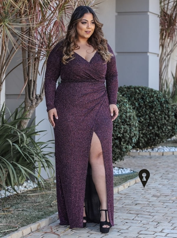 Vestido de festa vinho: 20 longos para formaturas e casamentos