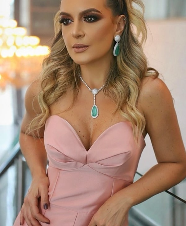 vestido de festa rose acessórios verde