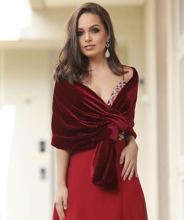 vestido de festa vermelho com estola