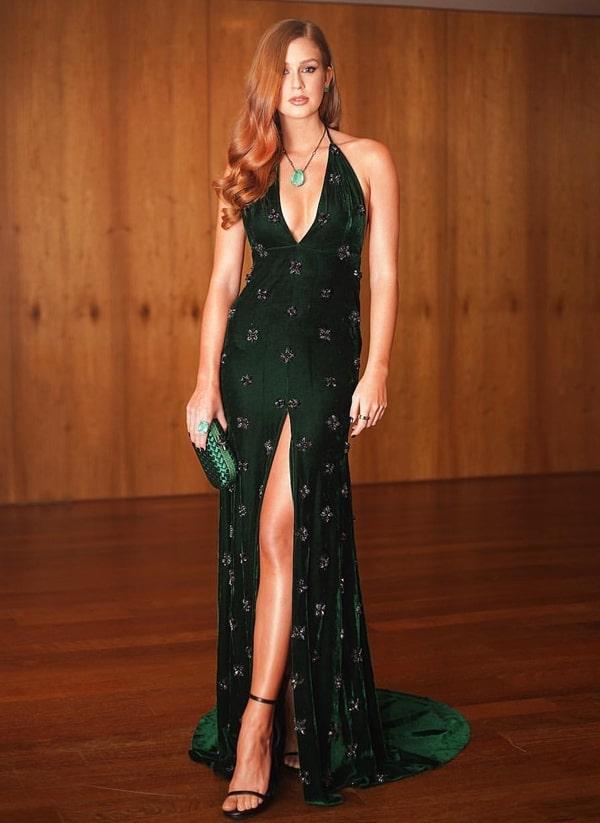 Marina Ruy Barbosa vestido de festa longo verde