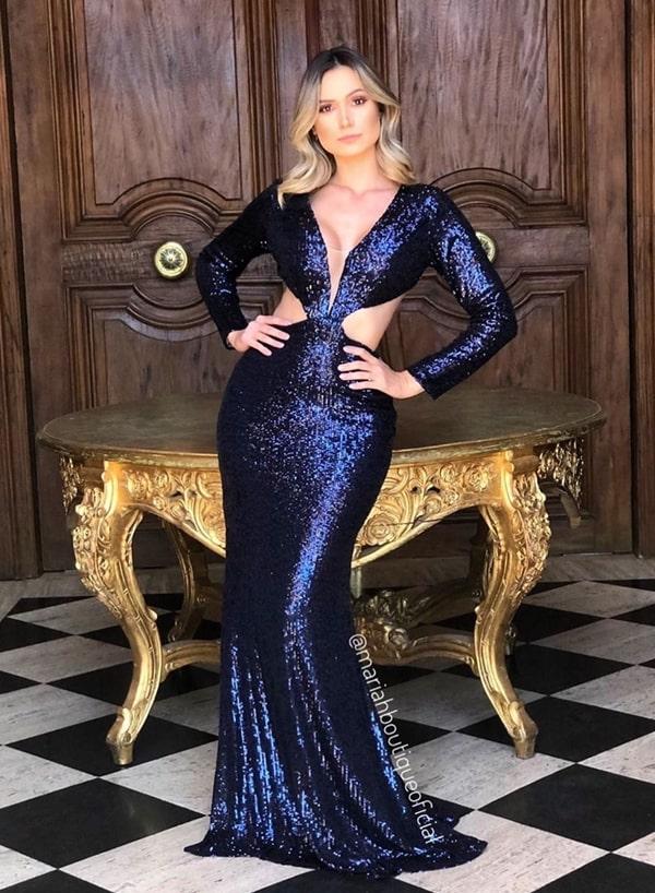 vestido de festa longo azul marinho bordado em paetês