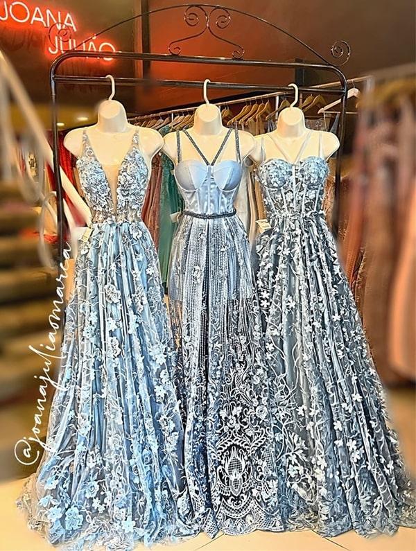 vestido de festa longo azul serenity com bordado 3D