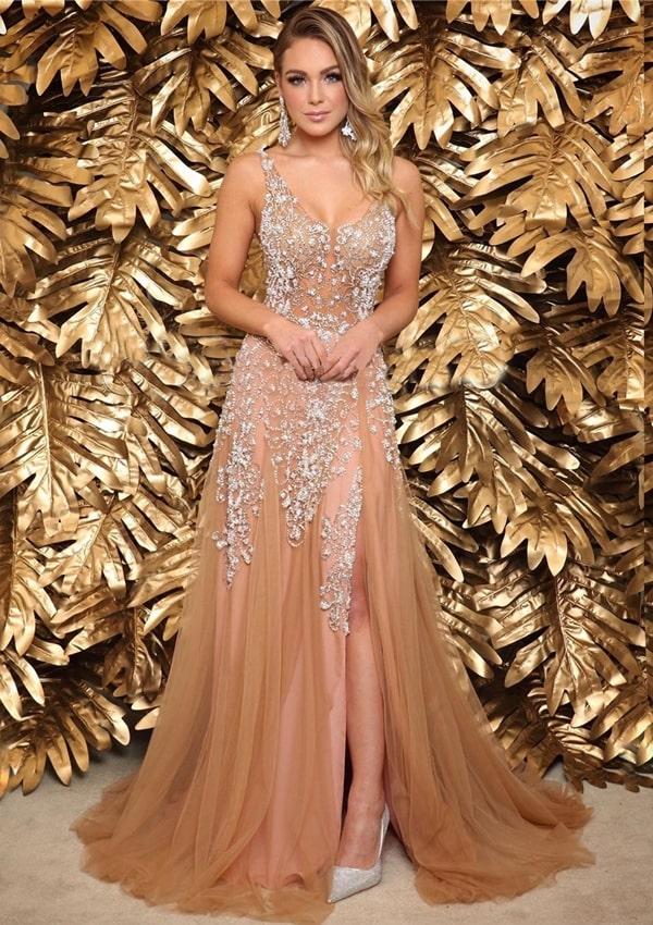 vestido de festa longo nude bordado