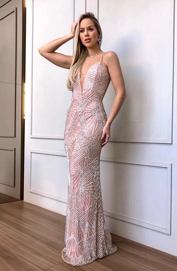 vestido de festa longo rosa claro bordado justo