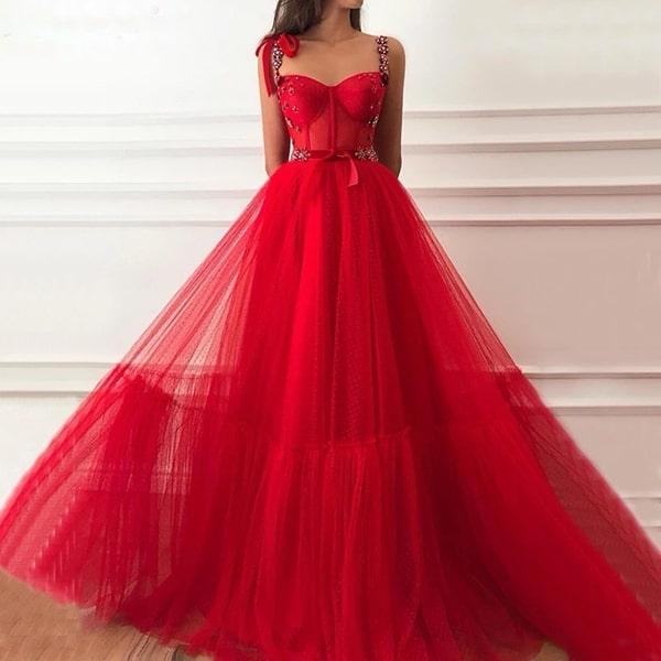 vestido de festa vermelho estilo princesa