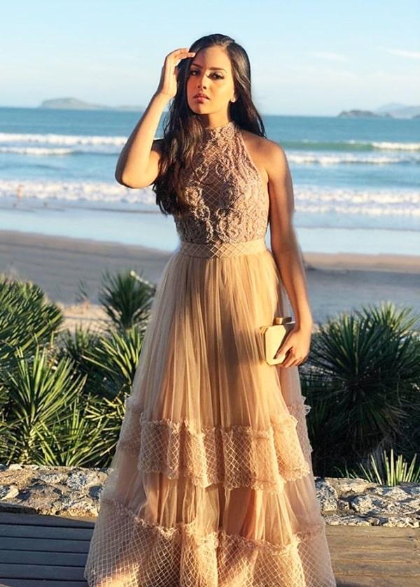 Vestido para madrinha de casamento na praia: tudo para arrasar no look!