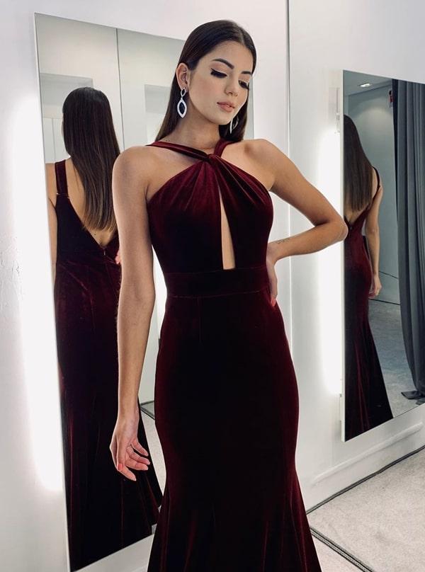 vestido longo de veludo marsala