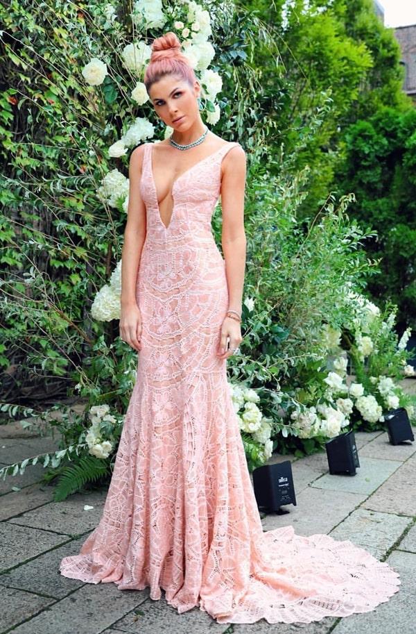 Júlia Faria vestido de festa longo rose rendado