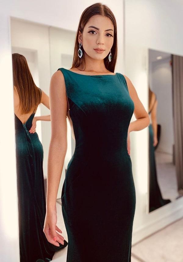 vestido de veludo longo verde esmeralda
