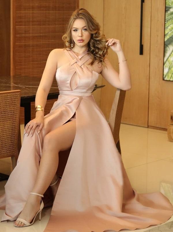 20 vestidos de festa nude para madrinhas de casamento