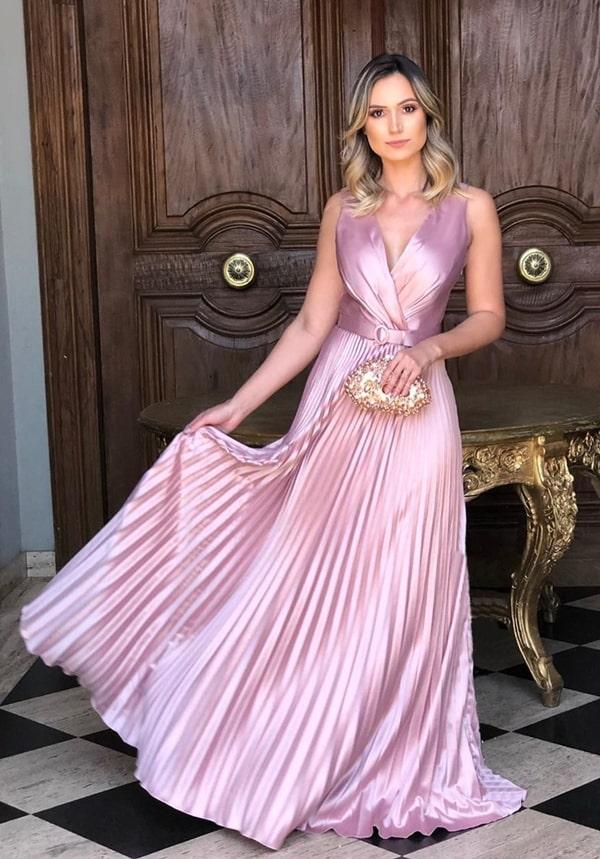 vestido rose plissado com brilho