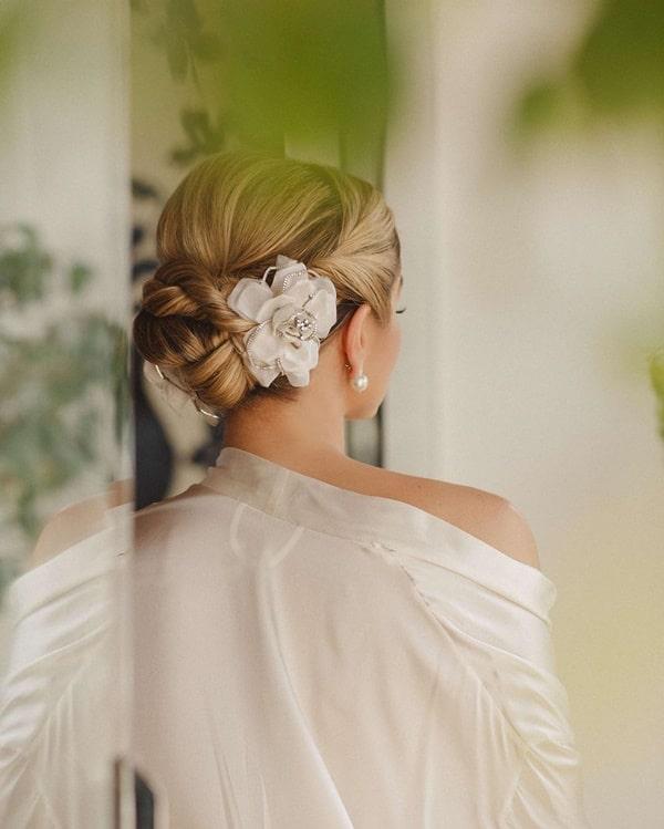 Penteado de noiva Thassia Naves