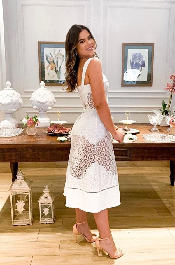 vestido branco midi para noivado, batizado ou casamento civil