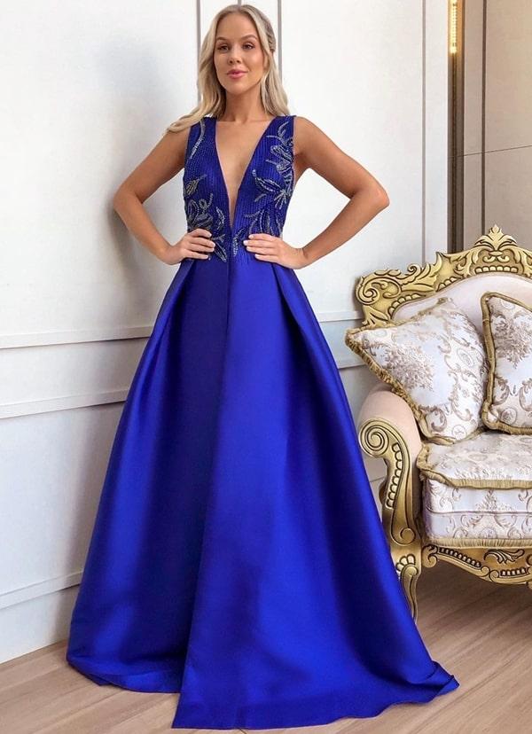 vestido azul royal estilo princesa