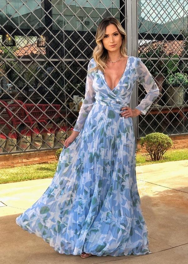 vestido longo azul serenity com manga longa e estampa floral