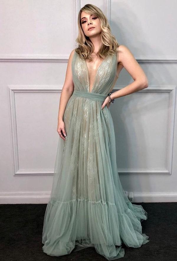vestido longo verde claro rendado para madrinha de casamento
