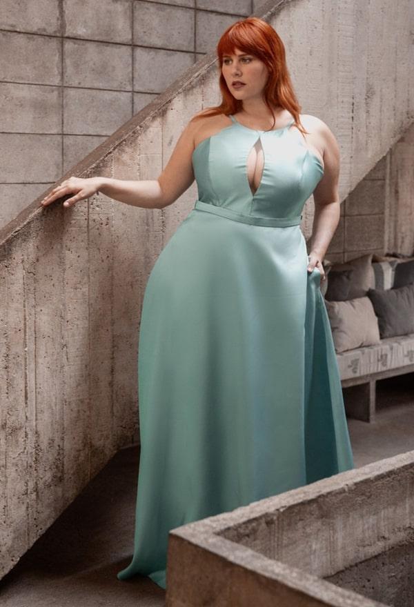vestido longo verde claro plus size para madrinha de casamento