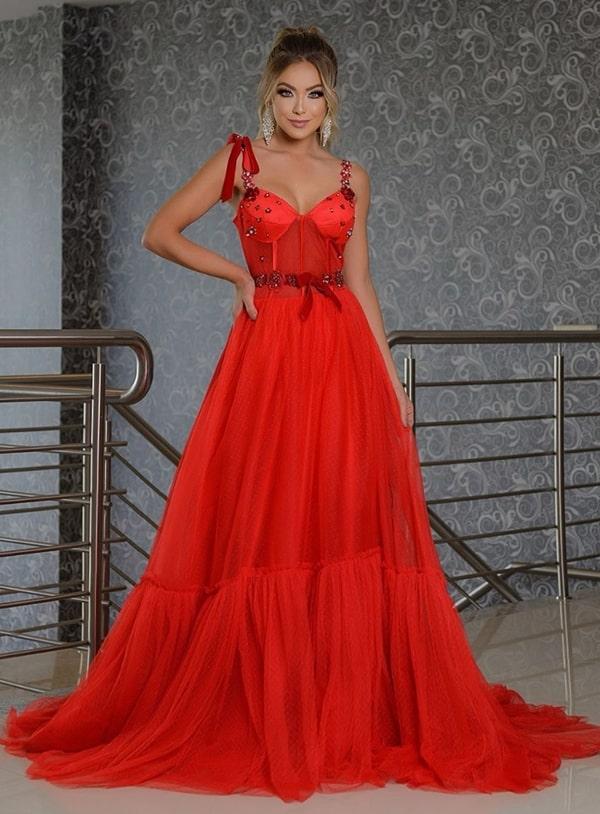 vestido longo vermelho estilo princesa