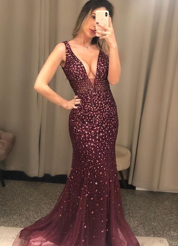 vestido de festa vinho longo bordado para formatura
