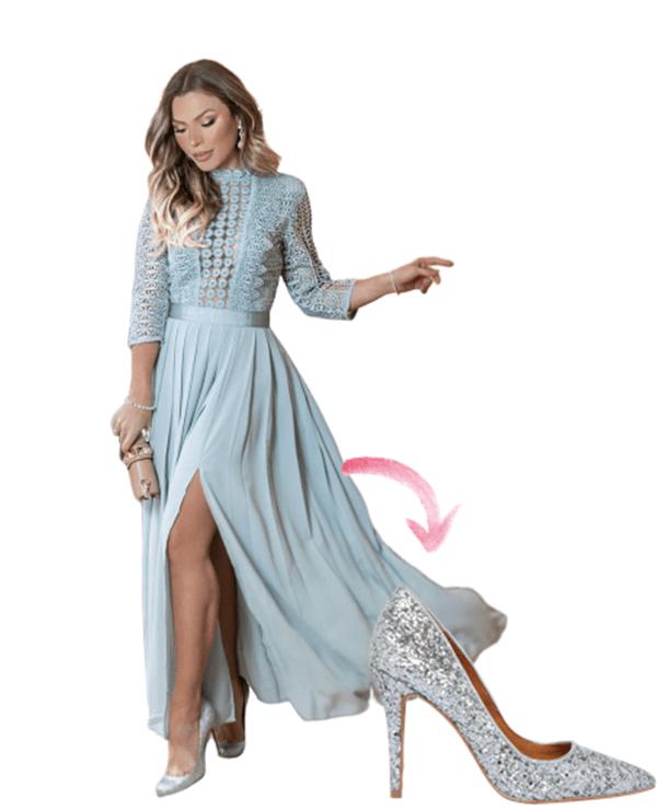 Mama Castilho vestido de festa com scarpin de glitter.