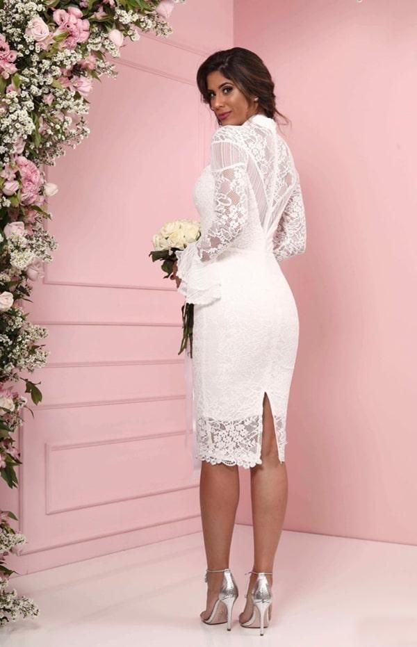 vestido branco midi tubinho rendado com manga longa para casamento civil