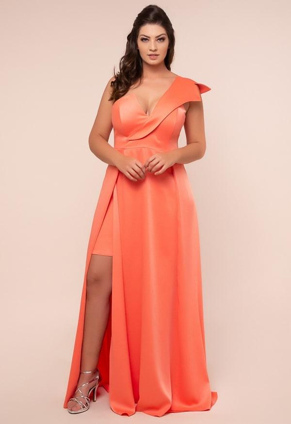 vestido de festa longo plus size coral com fenda