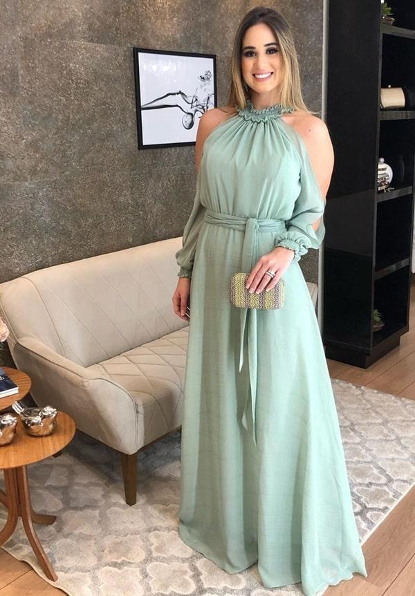 vestido de festa longo verde menta com manga e recortes nos ombros