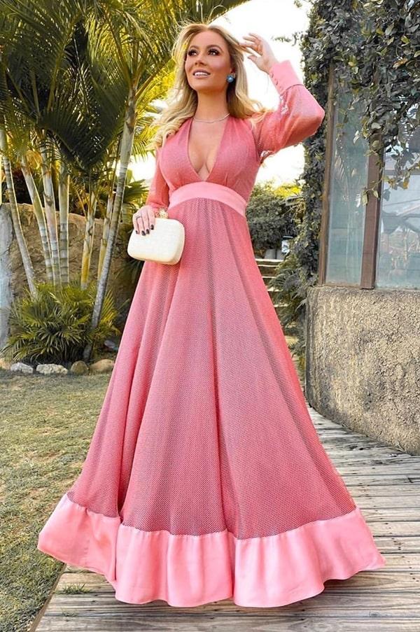 vestido de festa longo rosa com manga longa para madrinha de casamento
