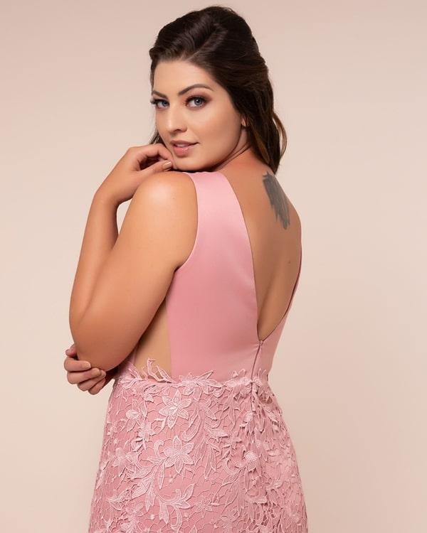 vestido de festa longo plus size rosa