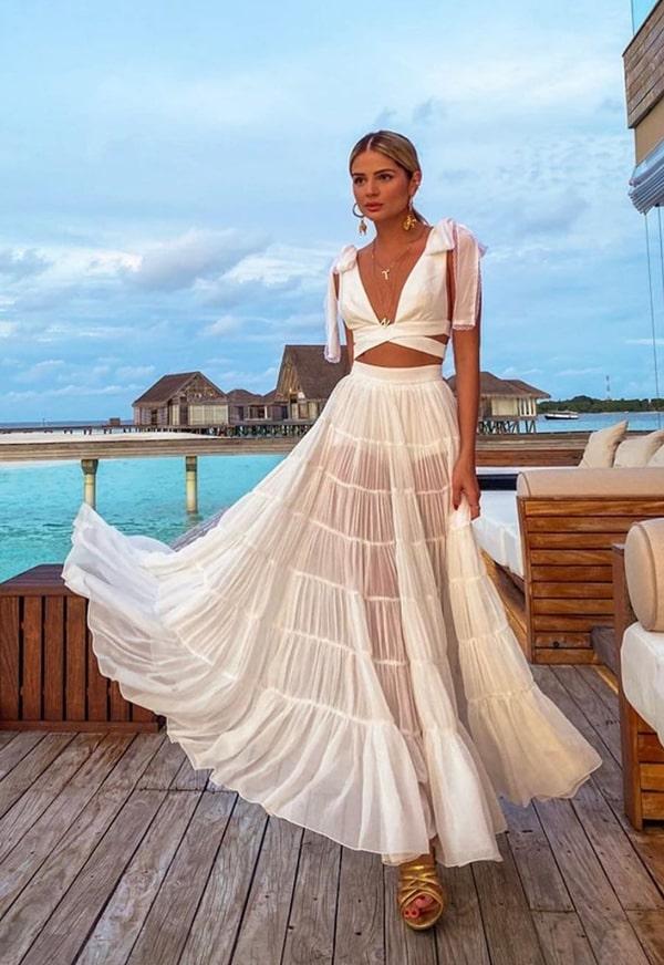 conjunto cropped branco Thassia Naves Reveillon
