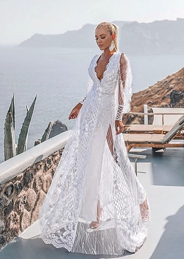 vestido longo branco rendado com manga longa