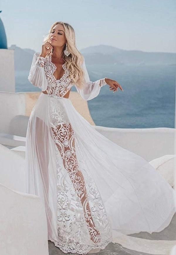 vestido longo branco com manga longa e saia de renda com transparência para reveillon 2020