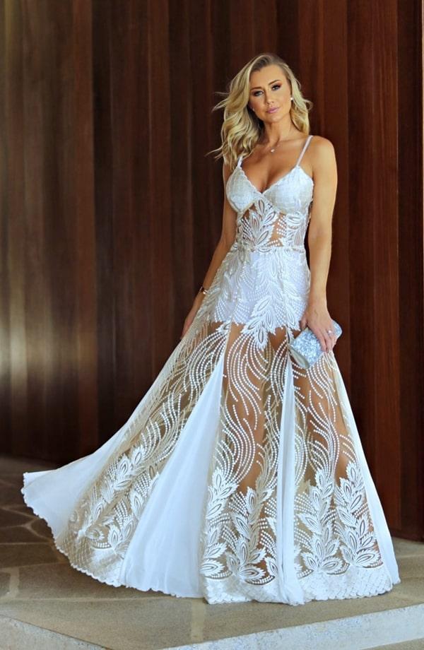 Vestido branco longo com hot pants para reveillon