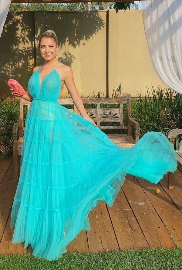 vestido longo azul tiffany para casamento na praia