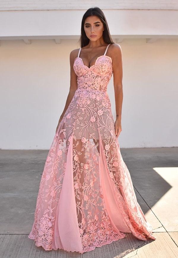 vestido de festa longo rosa com transparência nas pernas