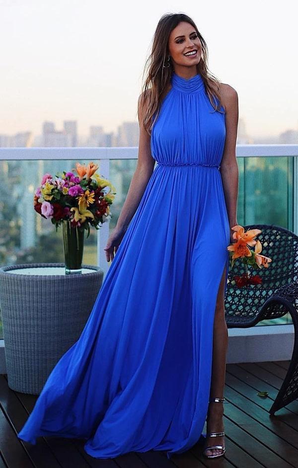 vestido longo azul para convidada de casamento durante o dia
