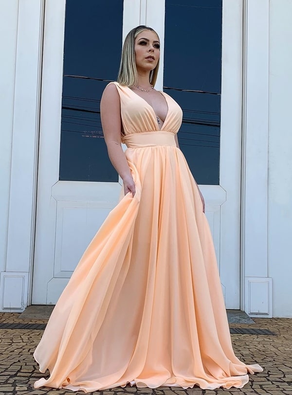 vestido longo  casamento durante o dia