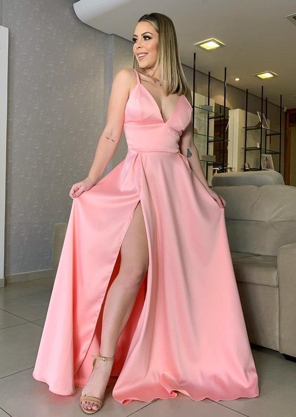 vestido longo rosa para  com fenda