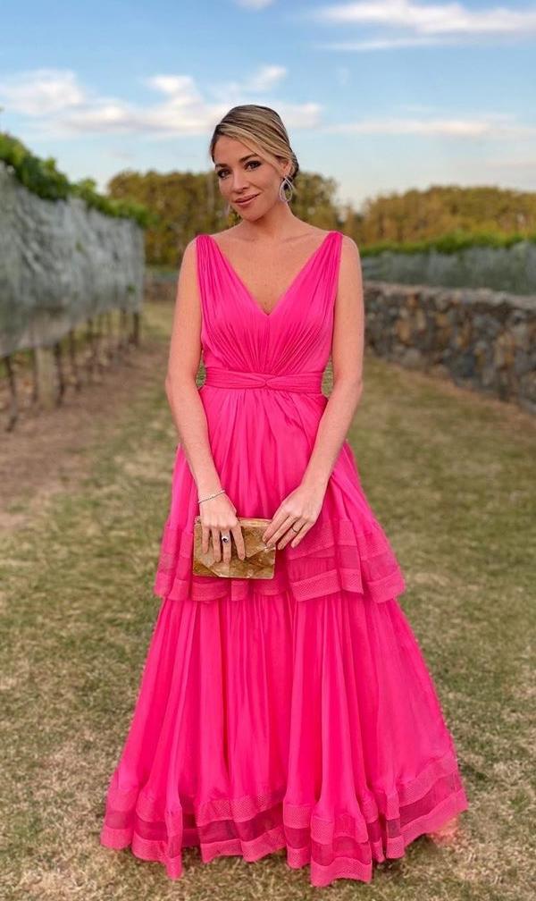 Vestido de festa longo pink para madrinha de casamento, Luma Costa