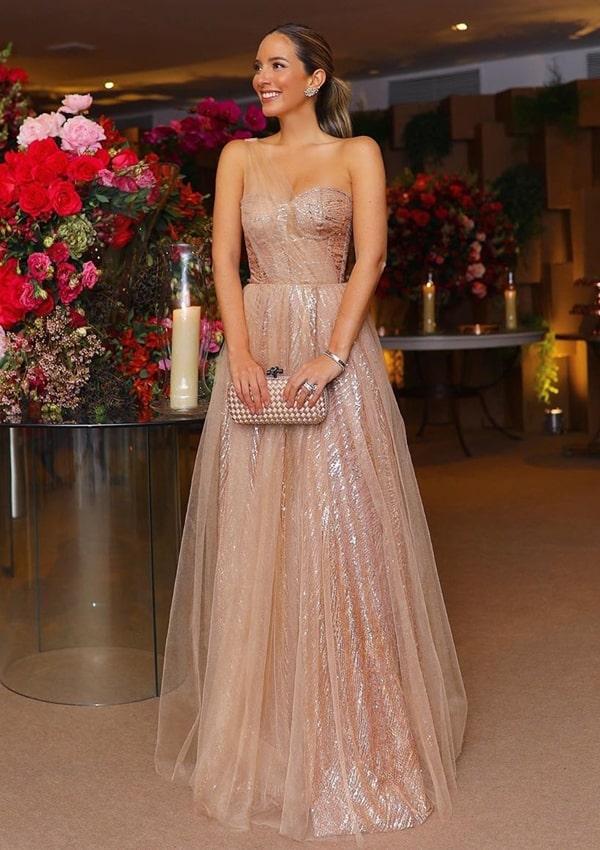 vestido de festa dourado  para madrinha de casamento a noite