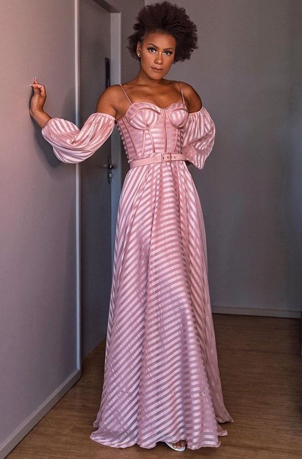 Vestido de festa rose listrado com manga bufante removível