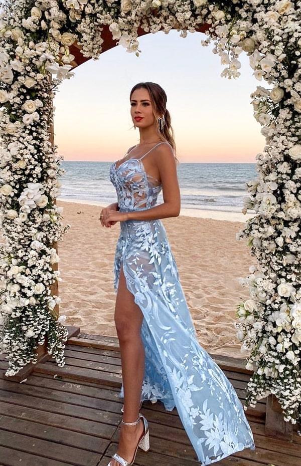 vestido azul serenity para madrinha de casamento na praia