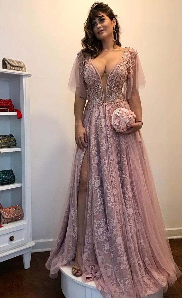 vestido de festa rosa com manguinha curta para madrinha de casamento a noite