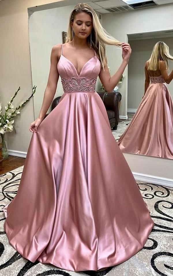 vestido de festa rosa com saia ampla para madrinha de casamento a noite
